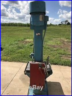 Drill Press, floor standing, Variable Speed head With 2 Ranges, 3 phase
